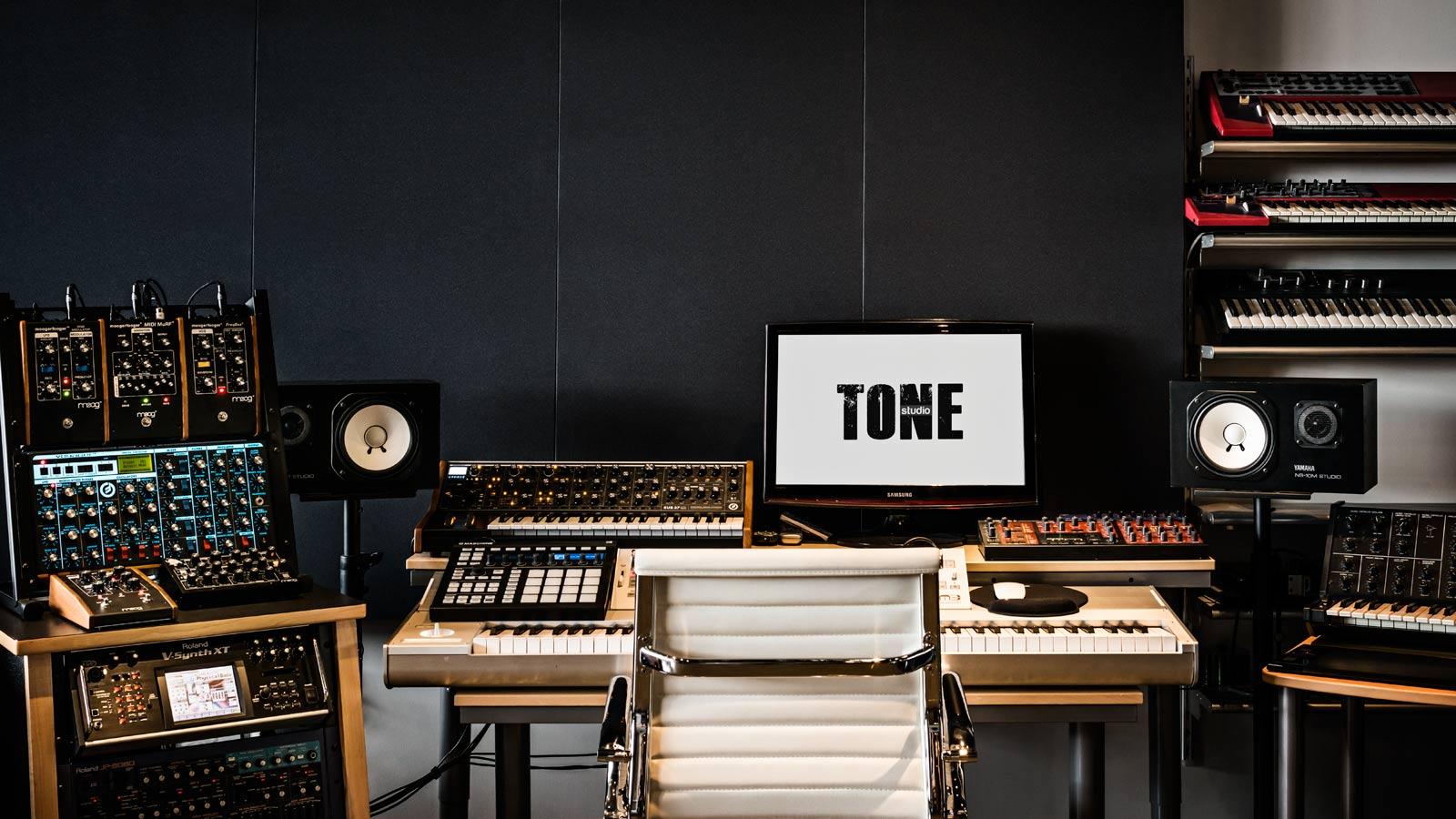 tone3